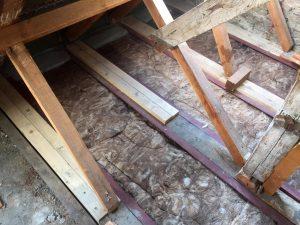 Sanierung Deckenbalkenlage und Dachstuhl / BZG / Berlin